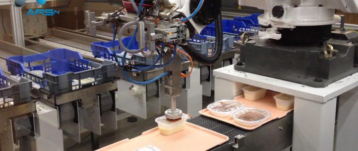 Préparation de plateaux repas robotisée